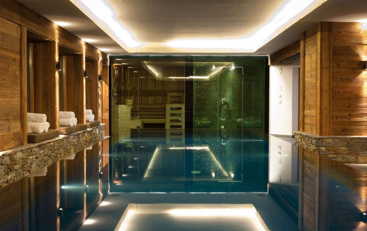 Kings-Avenue-Verbier-Sauna-Jacuzzi-Hammam-Swimming-pool-Childfriendly-Cinema-Parking-Boot-heaters-fireplace-Area-verbier-003-16