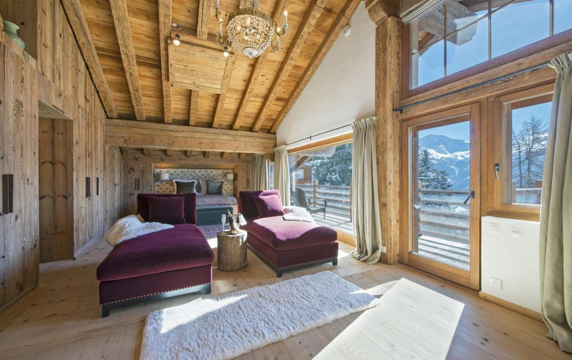 Kings-Avenue-Verbier-Sauna-Jacuzzi-Hammam-Swimming-pool-Childfriendly-Cinema-Parking-Boot-heaters-fireplace-Area-verbier-003-21