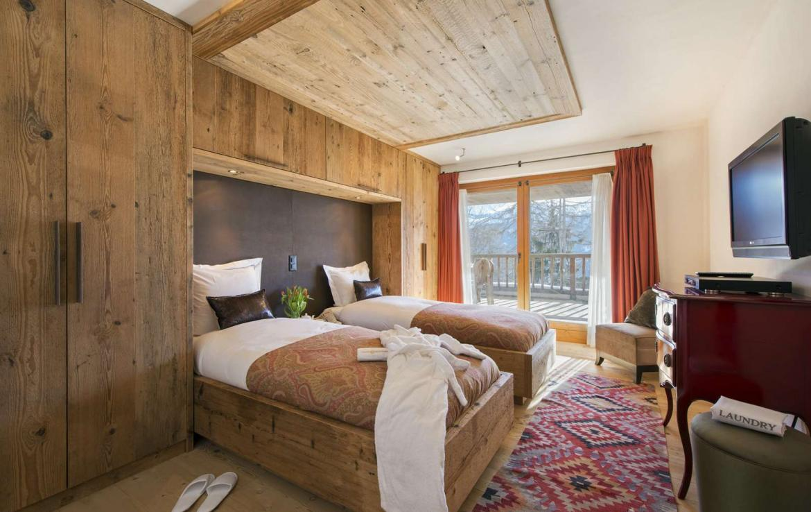 Kings-Avenue-Verbier-Sauna-Jacuzzi-Hammam-Swimming-pool-Childfriendly-Cinema-Parking-Boot-heaters-fireplace-Area-verbier-003-24