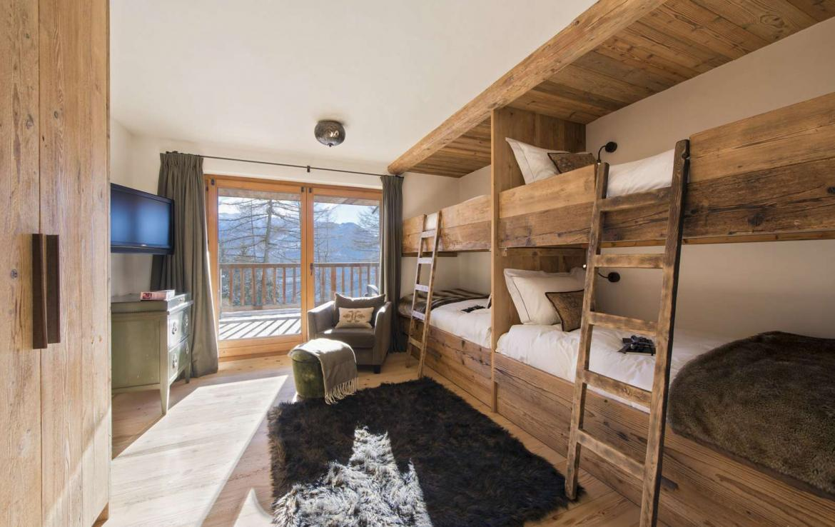 Kings-Avenue-Verbier-Sauna-Jacuzzi-Hammam-Swimming-pool-Childfriendly-Cinema-Parking-Boot-heaters-fireplace-Area-verbier-003-27