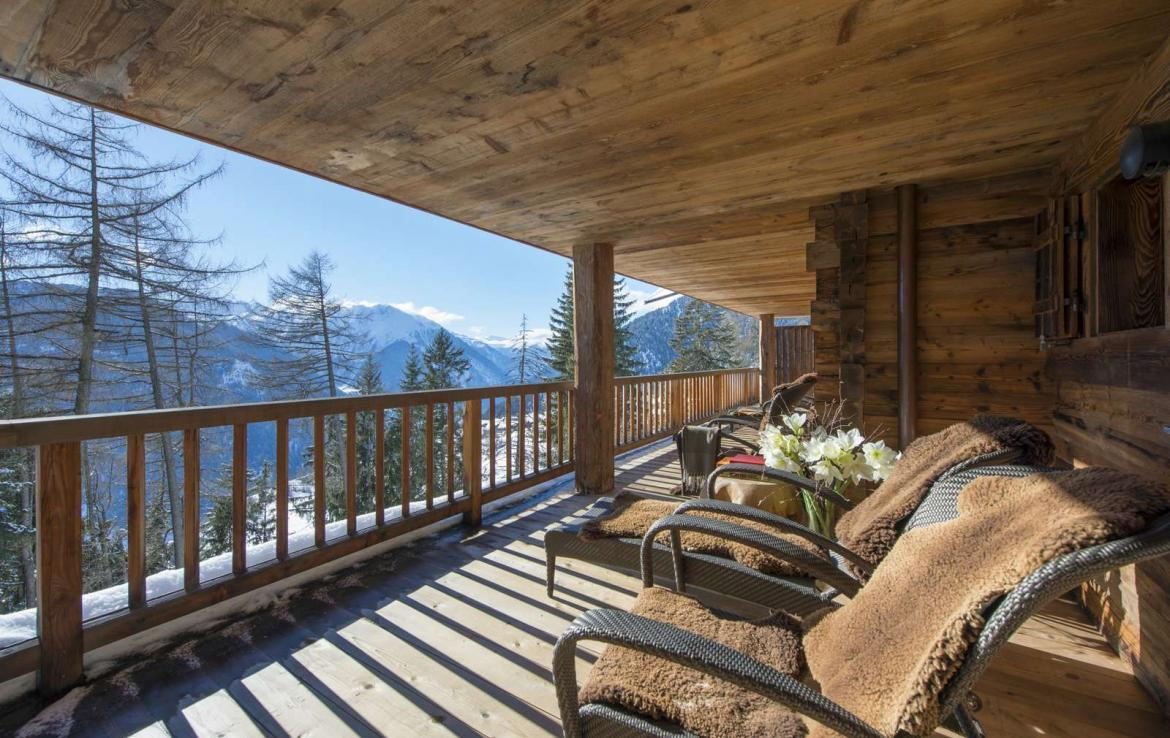 Kings-Avenue-Verbier-Sauna-Jacuzzi-Hammam-Swimming-pool-Childfriendly-Cinema-Parking-Boot-heaters-fireplace-Area-verbier-003-29