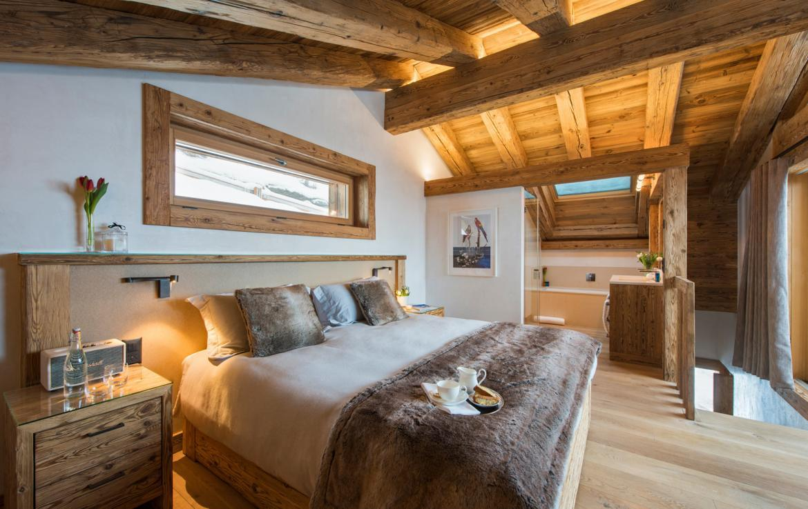 Kings-avenue-verbier-snow-chalet-childfriendly-parking-wine-cave-fireplace-018-12