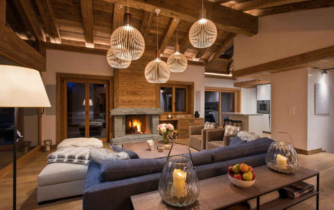 Kings-avenue-verbier-snow-chalet-childfriendly-parking-wine-cave-fireplace-018-6