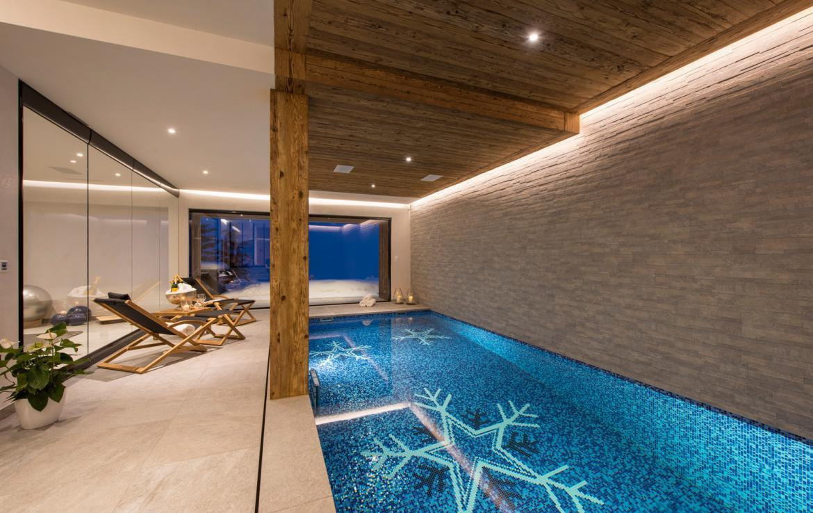 Kings-avenue-verbier-snow-chalet-childfriendly-parking-wine-cave-fireplace-018-9