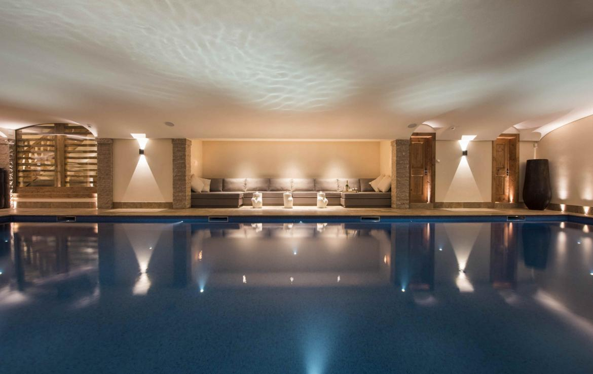 Kings-avenue-verbier-snow-chalet-hammam-cinema-boot-heaters-fireplace-swimming-pool-007-11