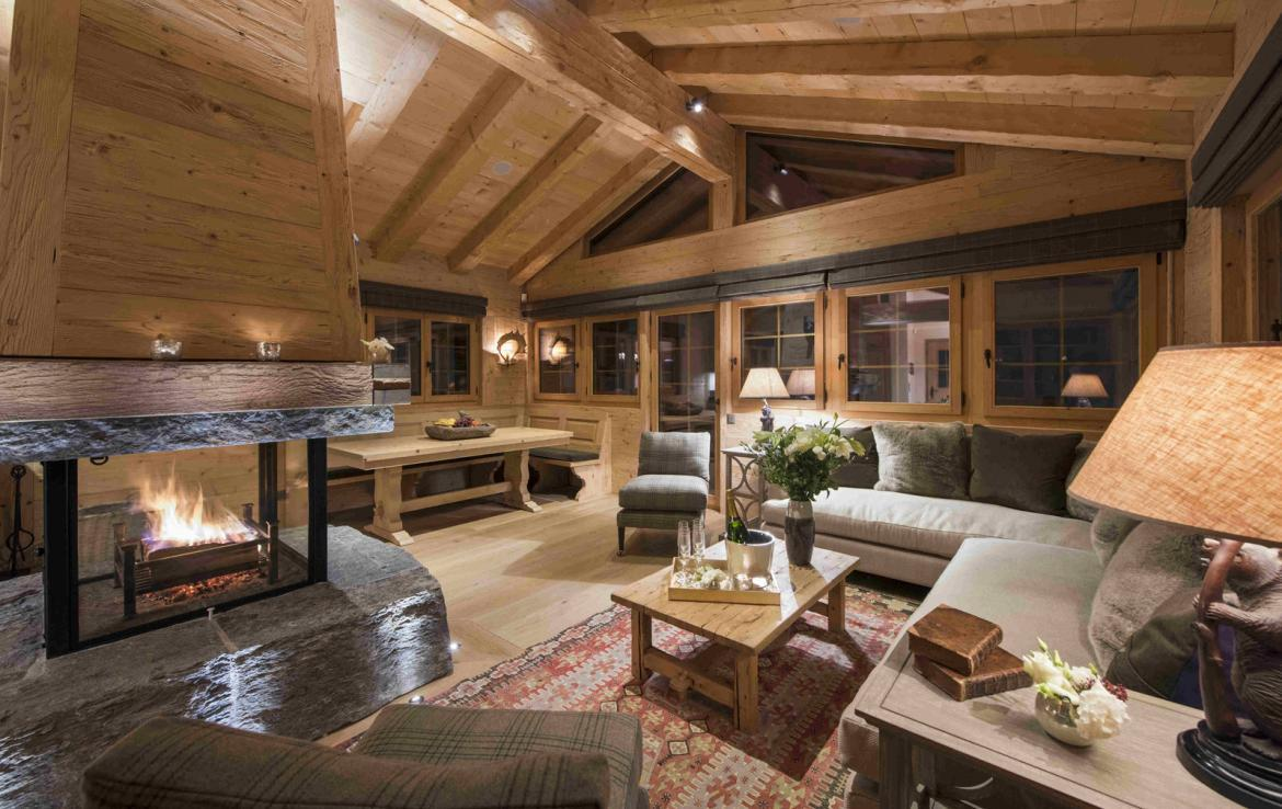 Kings-avenue-verbier-snow-chalet-hammam-cinema-boot-heaters-fireplace-swimming-pool-007-19