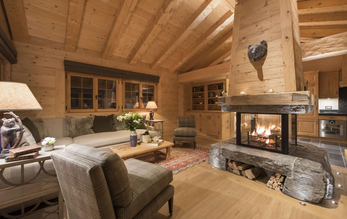Kings-avenue-verbier-snow-chalet-hammam-cinema-boot-heaters-fireplace-swimming-pool-007-20