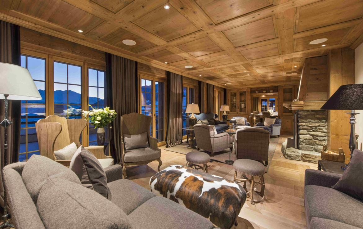 Kings-avenue-verbier-snow-chalet-hammam-cinema-boot-heaters-fireplace-swimming-pool-007-5
