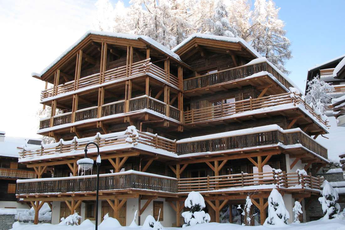 Kings-avenue-verbier-snow-chalet-hammam-swimming-pool-childfriendly-parking-cinema-026-1