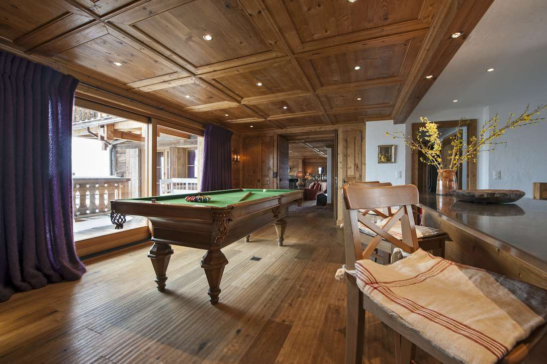 Kings-avenue-verbier-snow-chalet-hammam-swimming-pool-childfriendly-parking-cinema-026-7