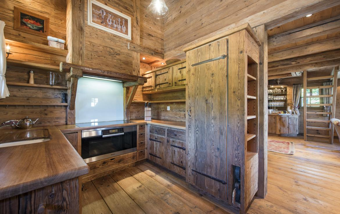 Kings-avenue-verbier-snow-chalet-outdoor-jacuzzi-childfriendly-fireplace-021-11