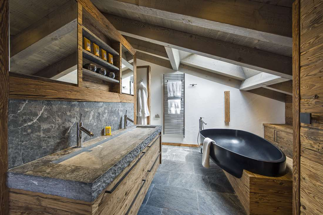 Kings Avenue Verbier Snow Chalet Outdoor Jacuzzi Childfriendly