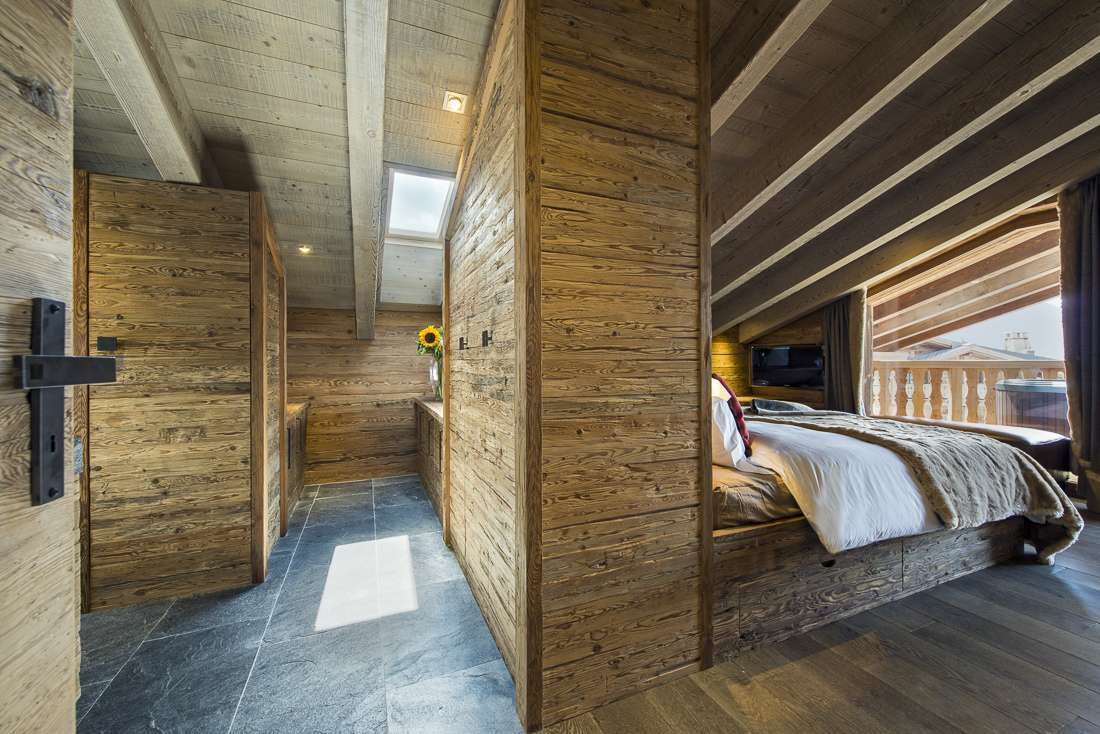 Kings-avenue-verbier-snow-chalet-outdoor-jacuzzi-childfriendly-fireplace-040-7