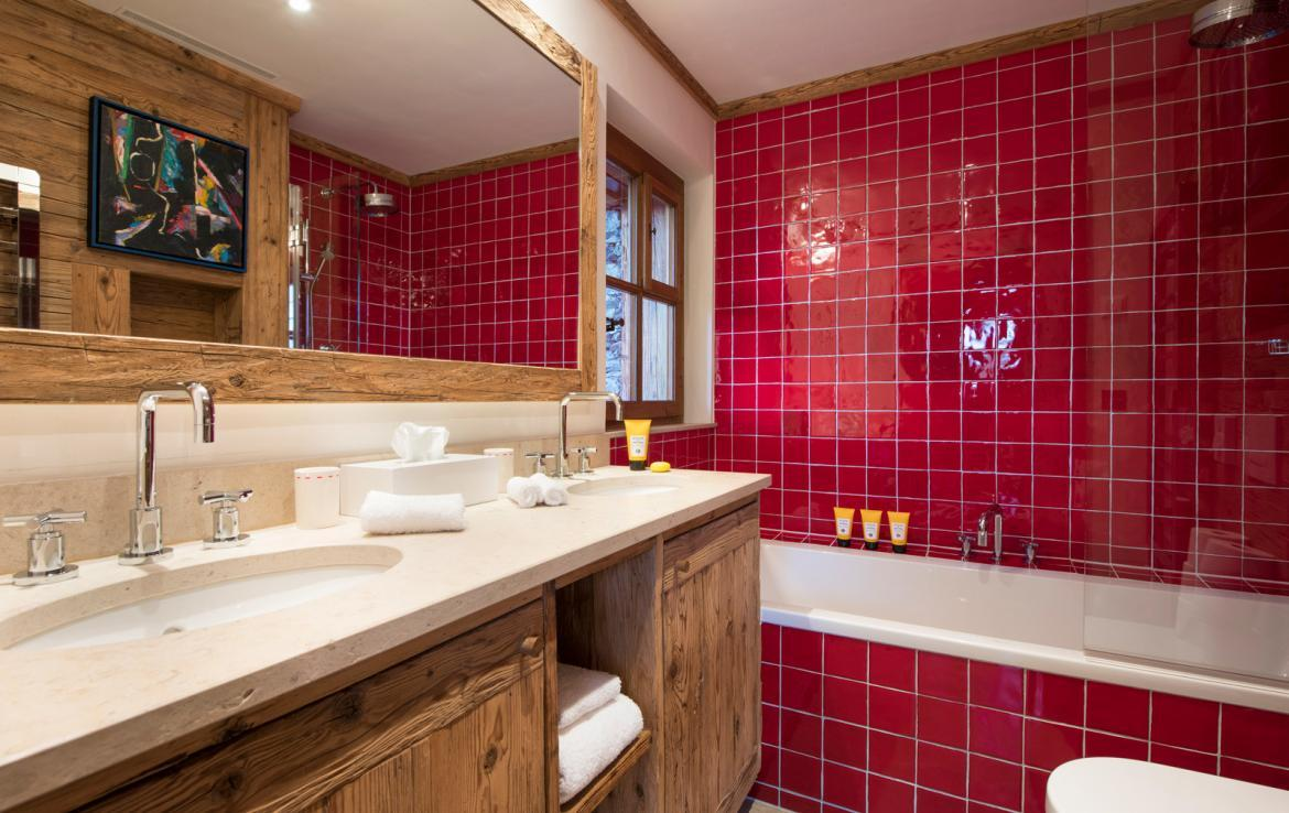Kings-avenue-verbier-snow-chalet-outdoor-jacuzzi-cinema-boot-heaters-hammam-childfriendly-012-17