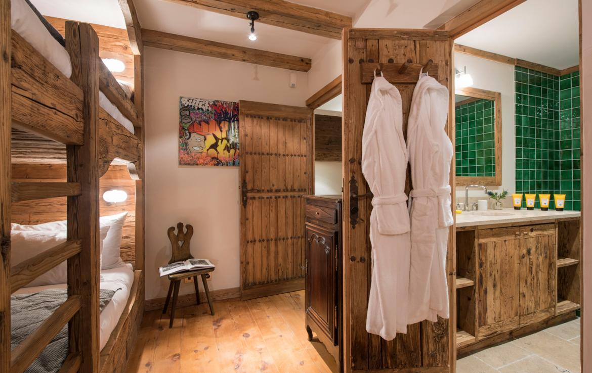 Kings-avenue-verbier-snow-chalet-outdoor-jacuzzi-cinema-boot-heaters-hammam-childfriendly-012-19