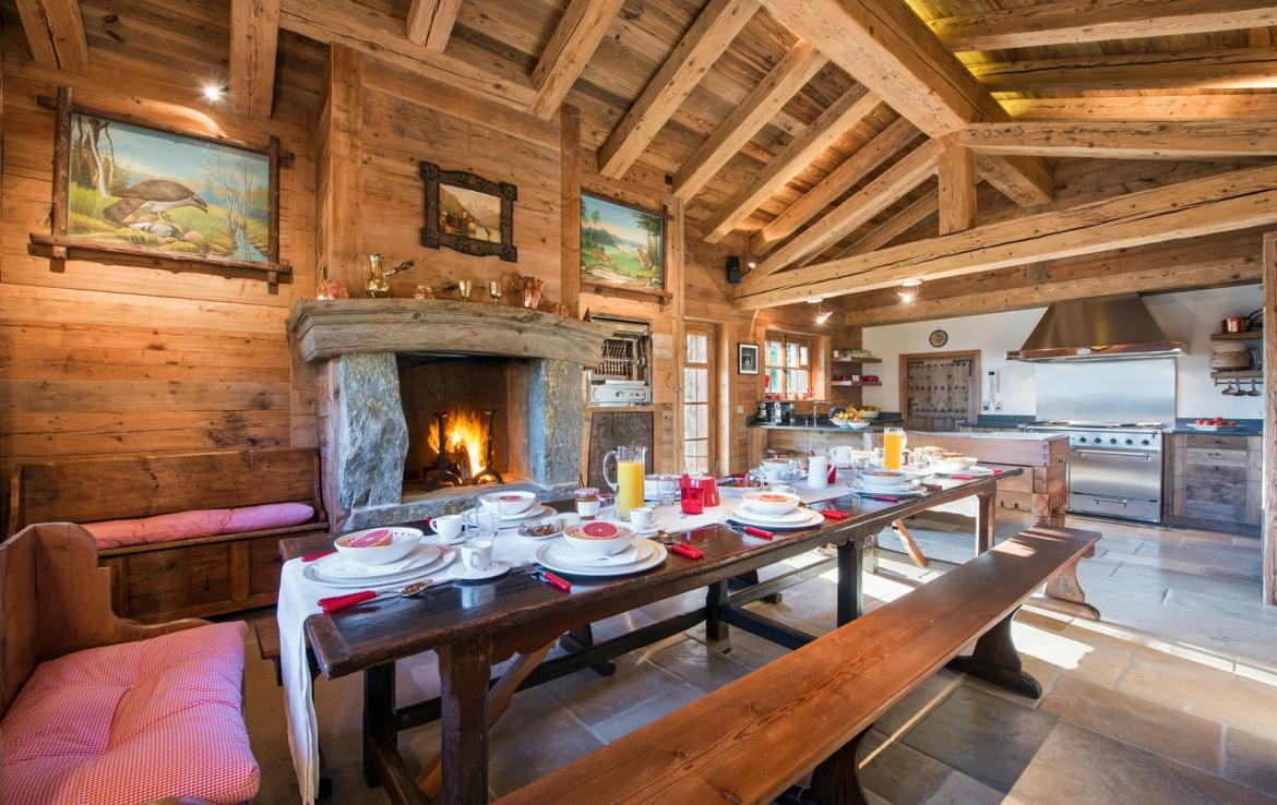 Kings-avenue-verbier-snow-chalet-outdoor-jacuzzi-cinema-boot-heaters-hammam-childfriendly-012-6