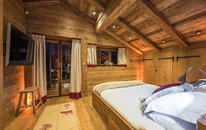 Kings-avenue-verbier-snow-chalet-sauna-hammam-childfriendly-fireplace-022-10