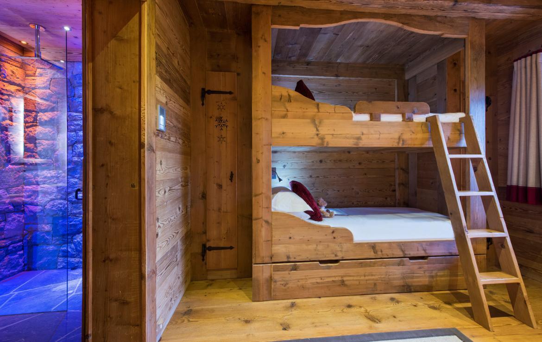 Kings-avenue-verbier-snow-chalet-sauna-hammam-childfriendly-fireplace-022-17