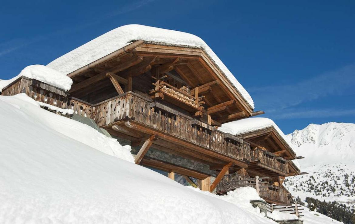 Kings-avenue-verbier-snow-chalet-sauna-hammam-swimming-pool-fireplace-wine-cellar-010-1