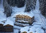 Kings-avenue-verbier-snow-chalet-sauna-indoor-jacuzzi-outdoor-jacuzzi-hammam-cinema-parking-004-1