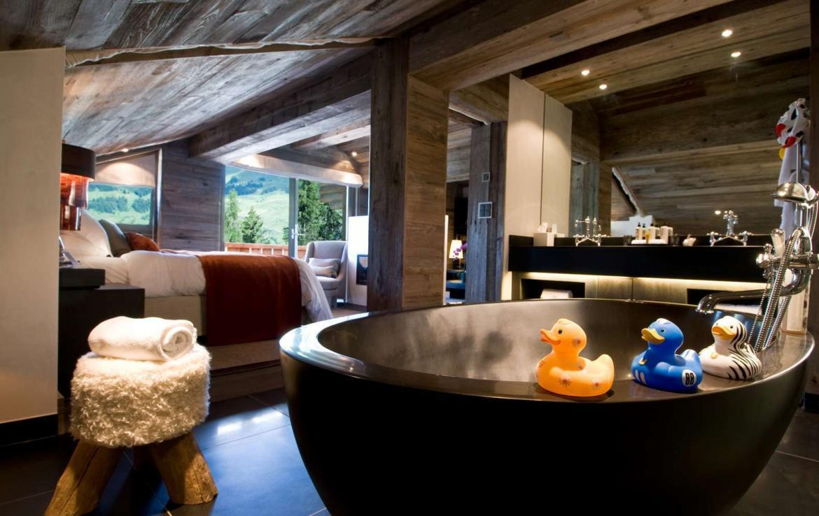 Kings-avenue-verbier-snow-chalet-sauna-indoor-jacuzzi-outdoor-jacuzzi-hammam-cinema-parking-004-15
