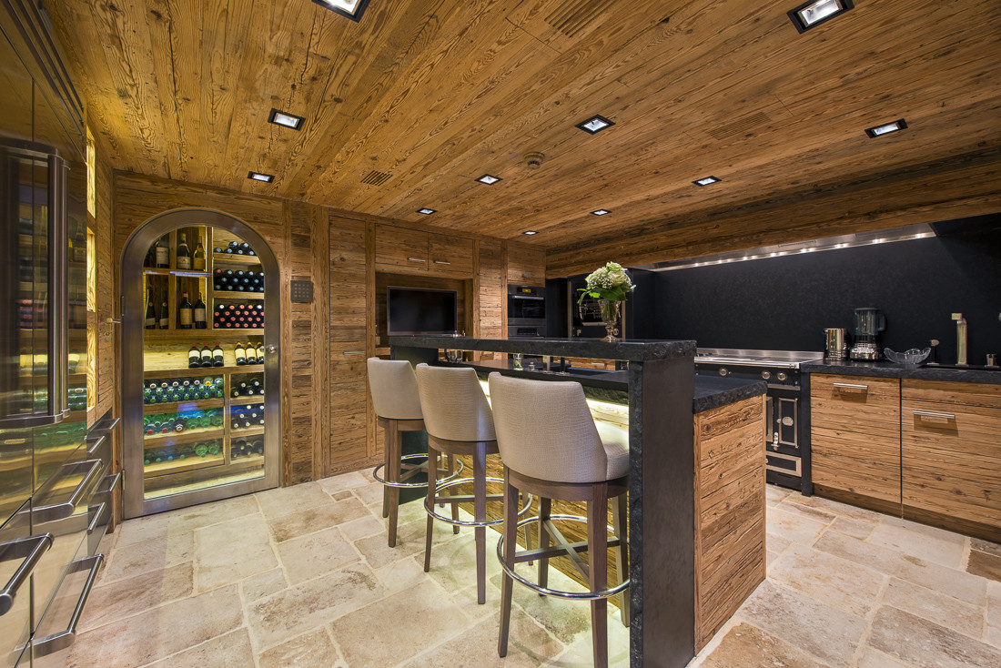 Kings-avenue-verbier-snow-chalet-sauna-jacuzzi-hammam-swimming-pool-parking-cinema-011-10