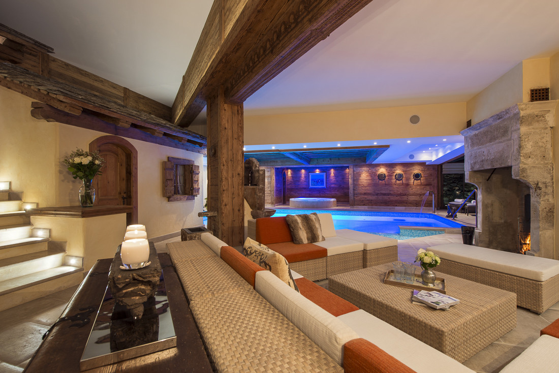 Kings-avenue-verbier-snow-chalet-sauna-jacuzzi-hammam-swimming-pool-parking-cinema-011-27