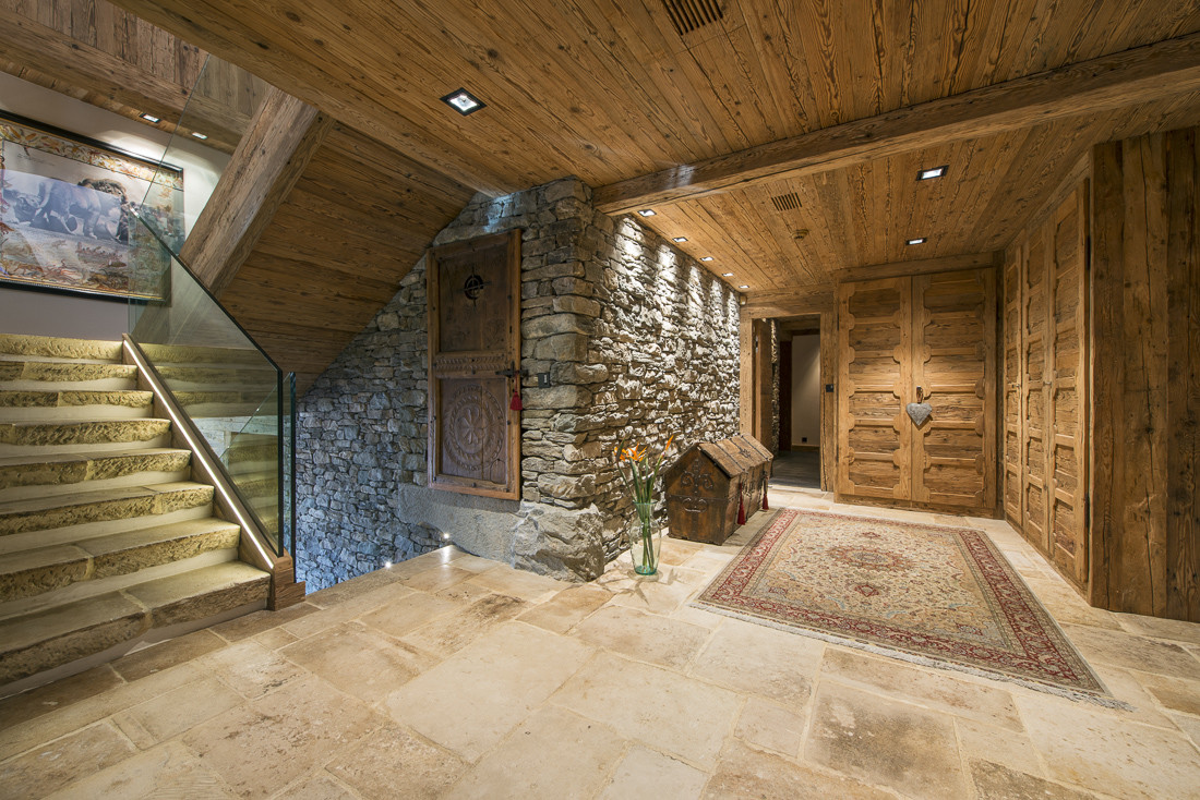 Kings-avenue-verbier-snow-chalet-sauna-jacuzzi-hammam-swimming-pool-parking-cinema-011-4