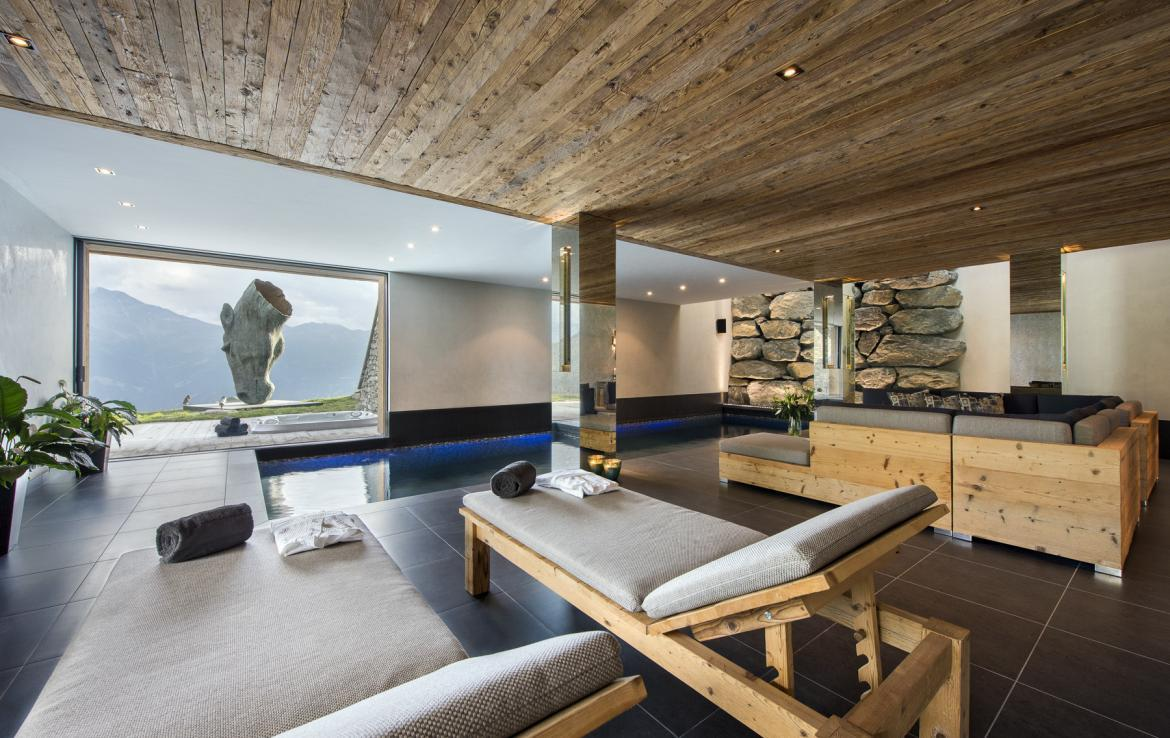 Kings-avenue-verbier-snow-chalet-sauna-outdoor-jacuzzi-cinema-fireplace-hammam-009-15