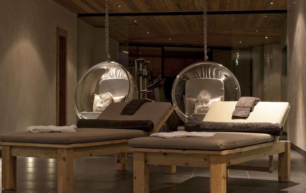 Kings-avenue-verbier-snow-chalet-sauna-outdoor-jacuzzi-cinema-fireplace-hammam-009-19