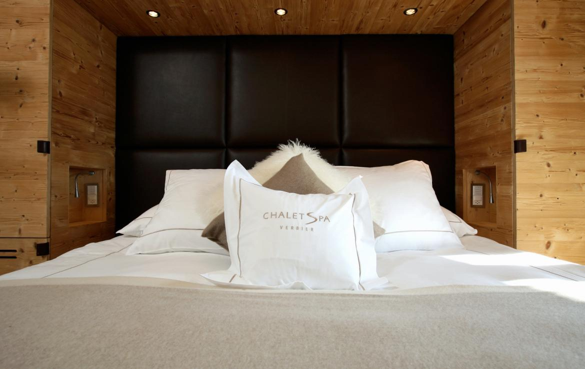 Kings-avenue-verbier-snow-chalet-sauna-outdoor-jacuzzi-hammam-swimming-pool-area-verbier-015-14
