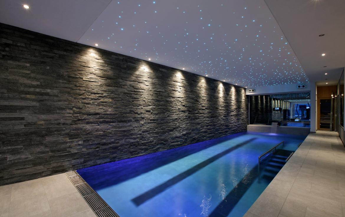 Kings-avenue-verbier-snow-chalet-sauna-outdoor-jacuzzi-hammam-swimming-pool-area-verbier-015-7