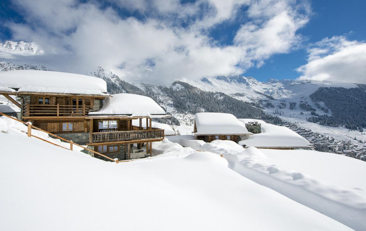 Kings-avenue-verbier-snow-chalet-suana-swimming-pool-boot-heaters-fireplace-020-3