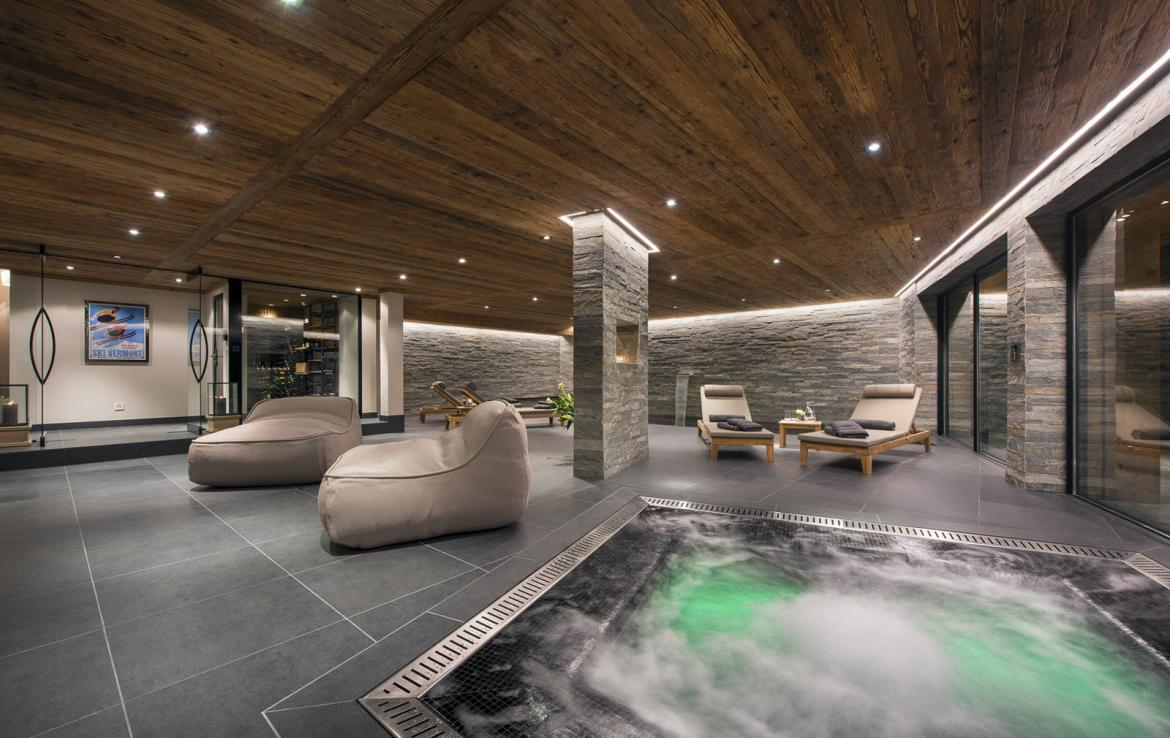 Kings-avenue-verbier-snow-chalet-suana-swimming-pool-boot-heaters-fireplace-020-9