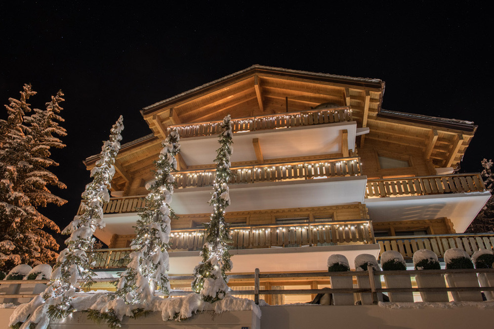 Kings-avenue-verbier-snow-chalet-swimming-pool-hammam-indoor-jacuzzi-outdoor-jacuzzi-parking-014-2