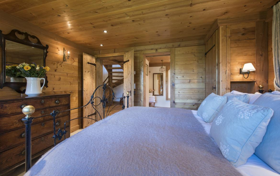 Kings-avenue-verbier-wifi-jacuzzi-childfriendly-parking-fireplace-pool-table-bar-area-verbier-021-21