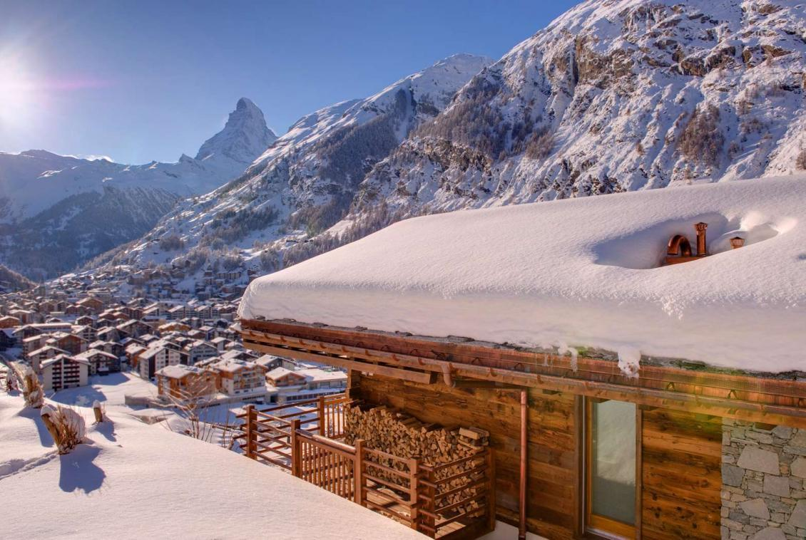 Kings-avenue-zermatt-sauna-jacuzzi-childfriendly-fireplace-massage-room-wine-cellar-lift-area-zermatt-007