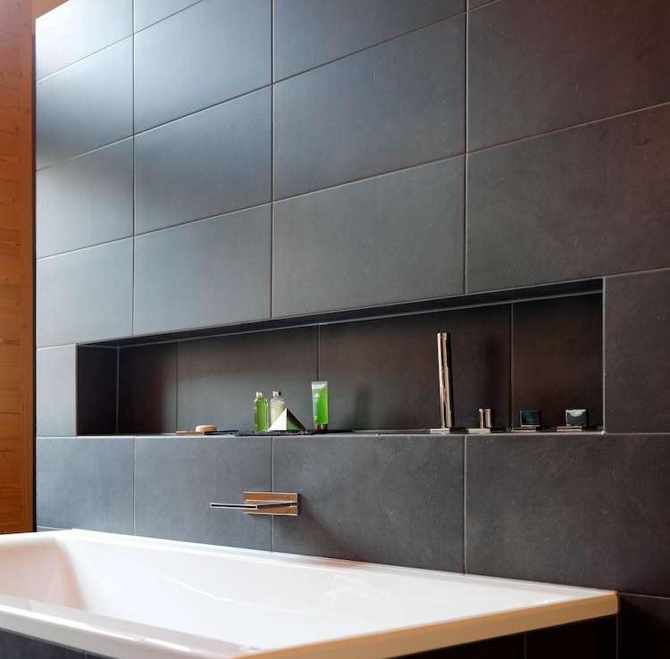 Kings-avenue-zermatt-sauna-jacuzzi-childfriendly-fireplace-massage-room-wine-cellar-lift-area-zermatt-007-13