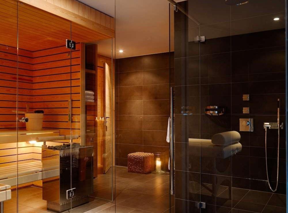 Kings-avenue-zermatt-sauna-jacuzzi-childfriendly-fireplace-massage-room-wine-cellar-lift-area-zermatt-007-6