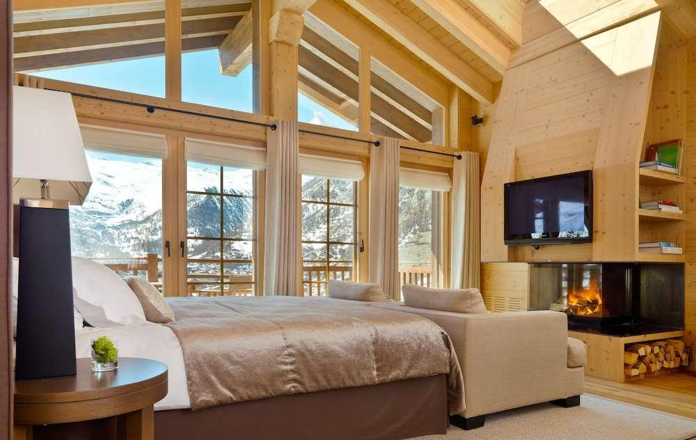 Kings-avenue-zermatt-sauna-jacuzzi-childfriendly-fireplace-massage-room-wine-cellar-lift-area-zermatt-007-9