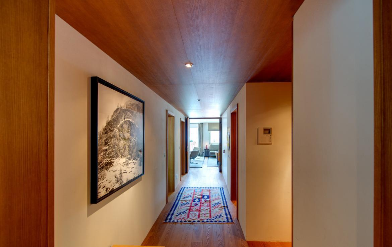 Kings-avenue-zermatt-snow-chalet-childfriendly-matterhornviews-acces-to-wellnes-swimming-pool-015-3