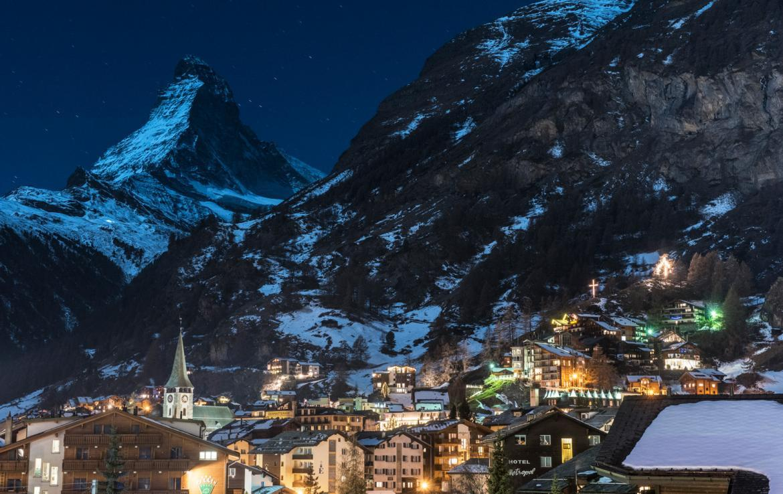 Kings-avenue-zermatt-snow-chalet-indoor-jacuzzi-hammam-childfriendly-spa-wellness-03-30