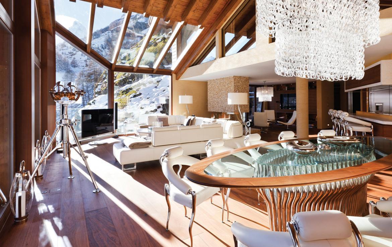 Kings-avenue-zermatt-snow-chalet-sauna-hammam-boot-heaters-library-wellness-02-13