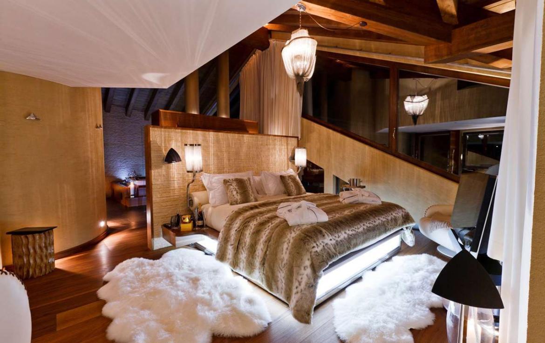 Kings-avenue-zermatt-snow-chalet-sauna-hammam-boot-heaters-library-wellness-02-24