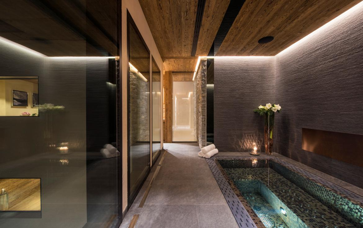 Kings-avenue-zermatt-snow-chalet-sauna-indoor-jacuzzi-private-spa-gym-06-10