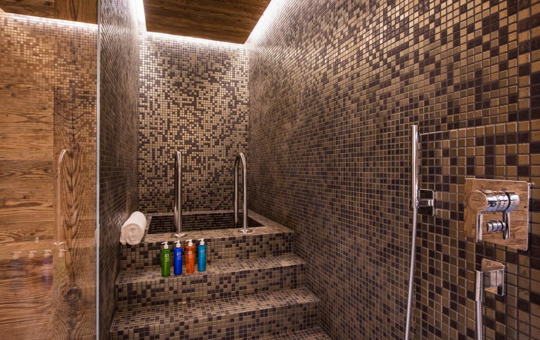 Kings-avenue-zermatt-snow-chalet-sauna-indoor-jacuzzi-private-spa-gym-06-12