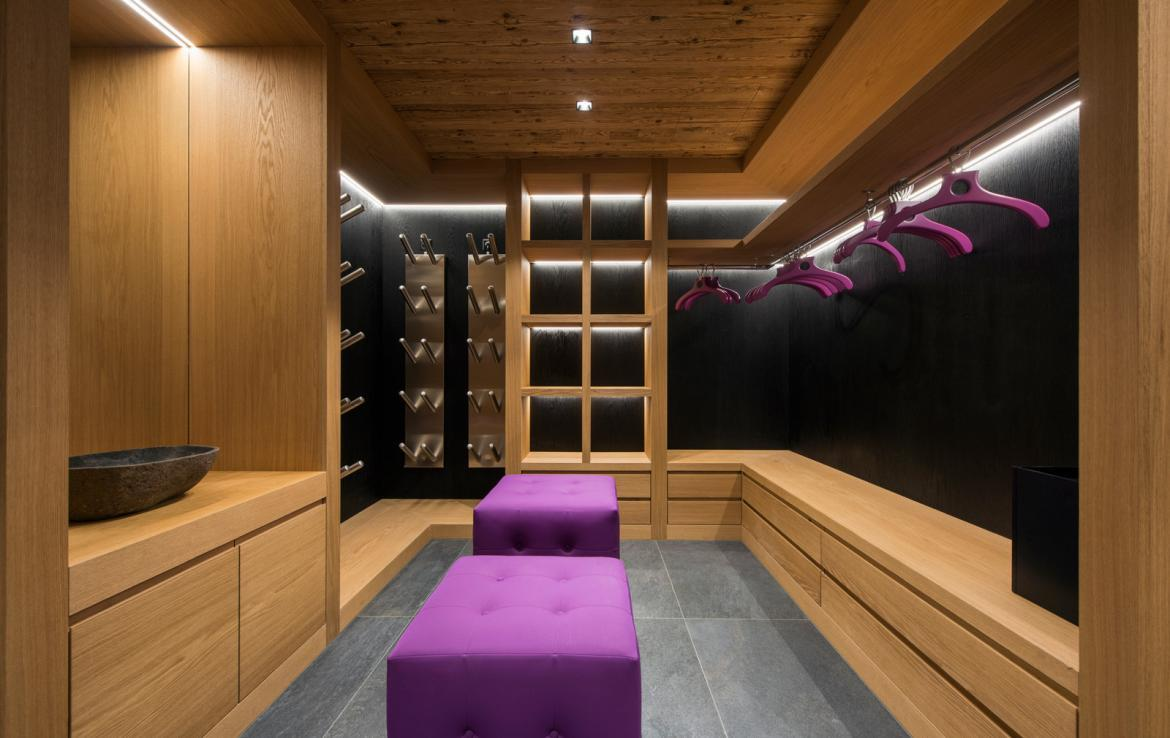 Kings-avenue-zermatt-snow-chalet-sauna-indoor-jacuzzi-private-spa-gym-06-29