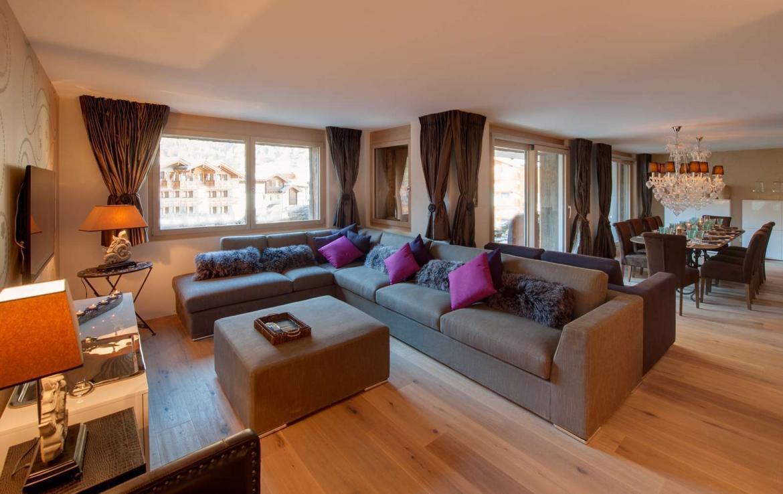 Kings-avenue-zermatt-snow-chalet-sauna-outdoor-jacuzzi-cinema-fireplace-05-3