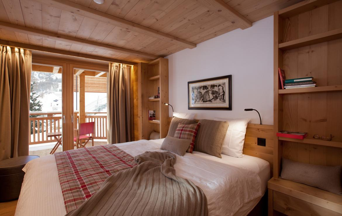 Kings-avenue-zermatt-snow-chalet-sauna-swimming-pool-childfriendly-fireplace-lift-09-8