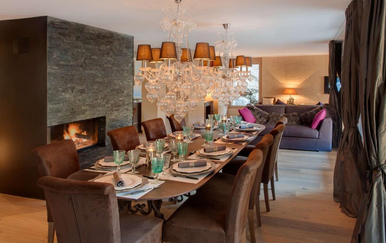 Kings-avenue-zermatt-wifi-sauna-hammam-jacuzzi-swimming-pool-childfriendly-cinema-fireplace-games-room-bar-lift-area-zermatt-005-5